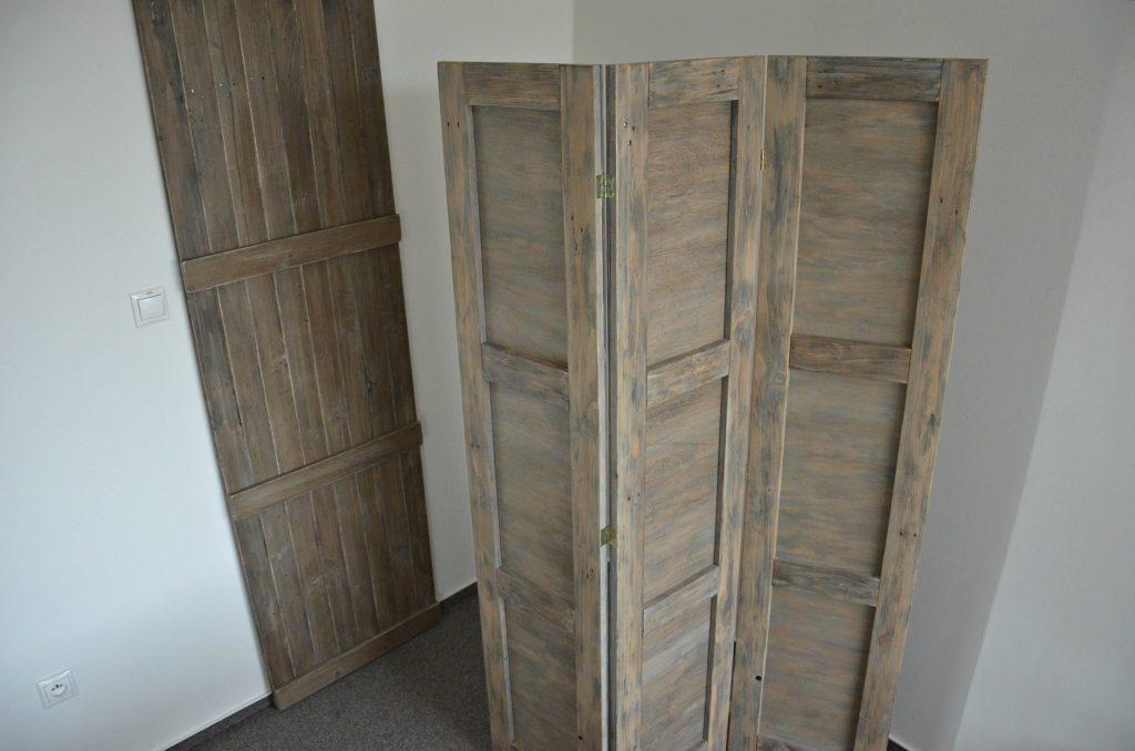 drevene zavesne dvere